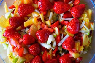 Resep dan Cara Membuat Salad Buah yang Enak