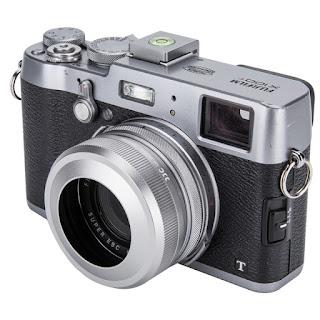 Should i use lens hood on X100F?