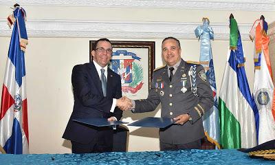Ministro Andrés Navarro hace llamado a un pacto nacional por la seguridad ciudadana