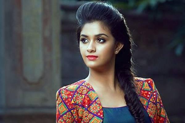 Malayalam actress Keerthi Suresh hot Photoshoot