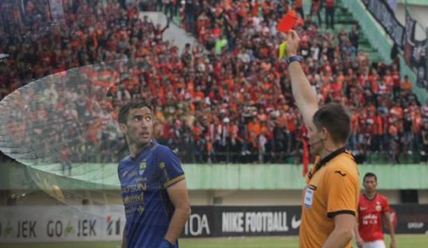 Peraturan Sepak Bola Standar FIFA