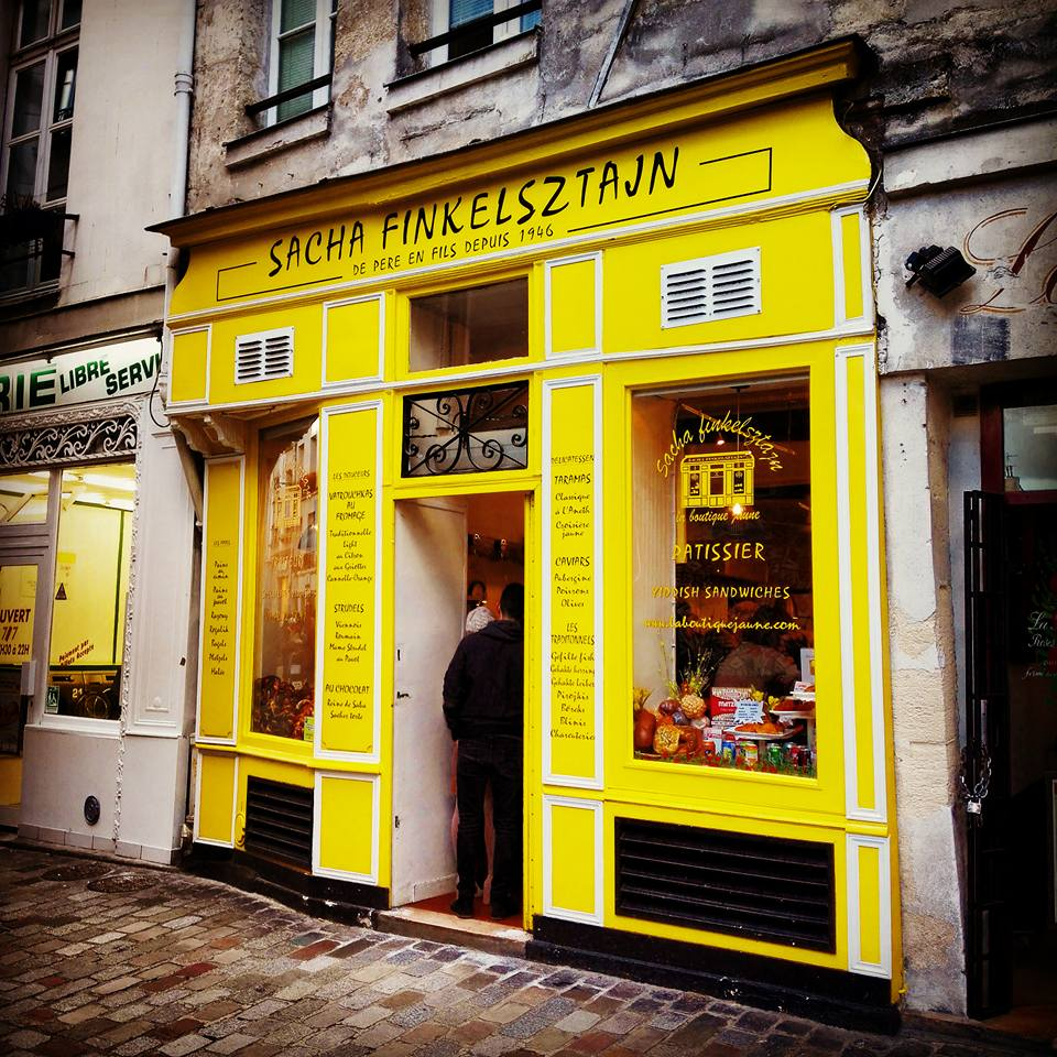 The Famous Pastry Sweets Shop in Le Marais Paris I Travelling Hopper