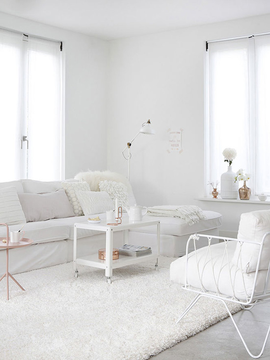 Pure white interiors by Kim Timmerman