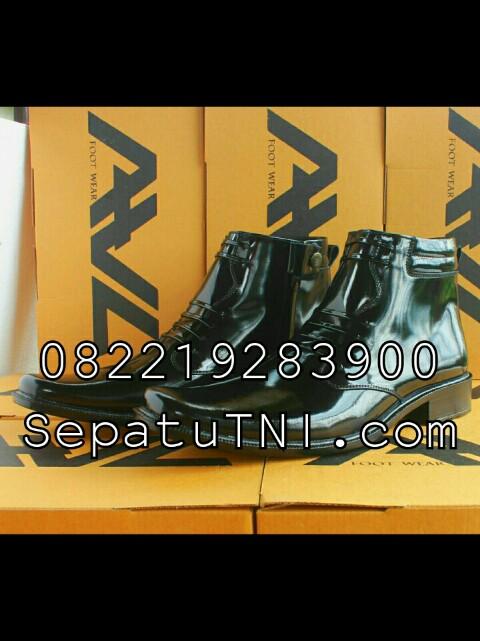 Sepatu PDH kulit kilap sol hak merk AWL