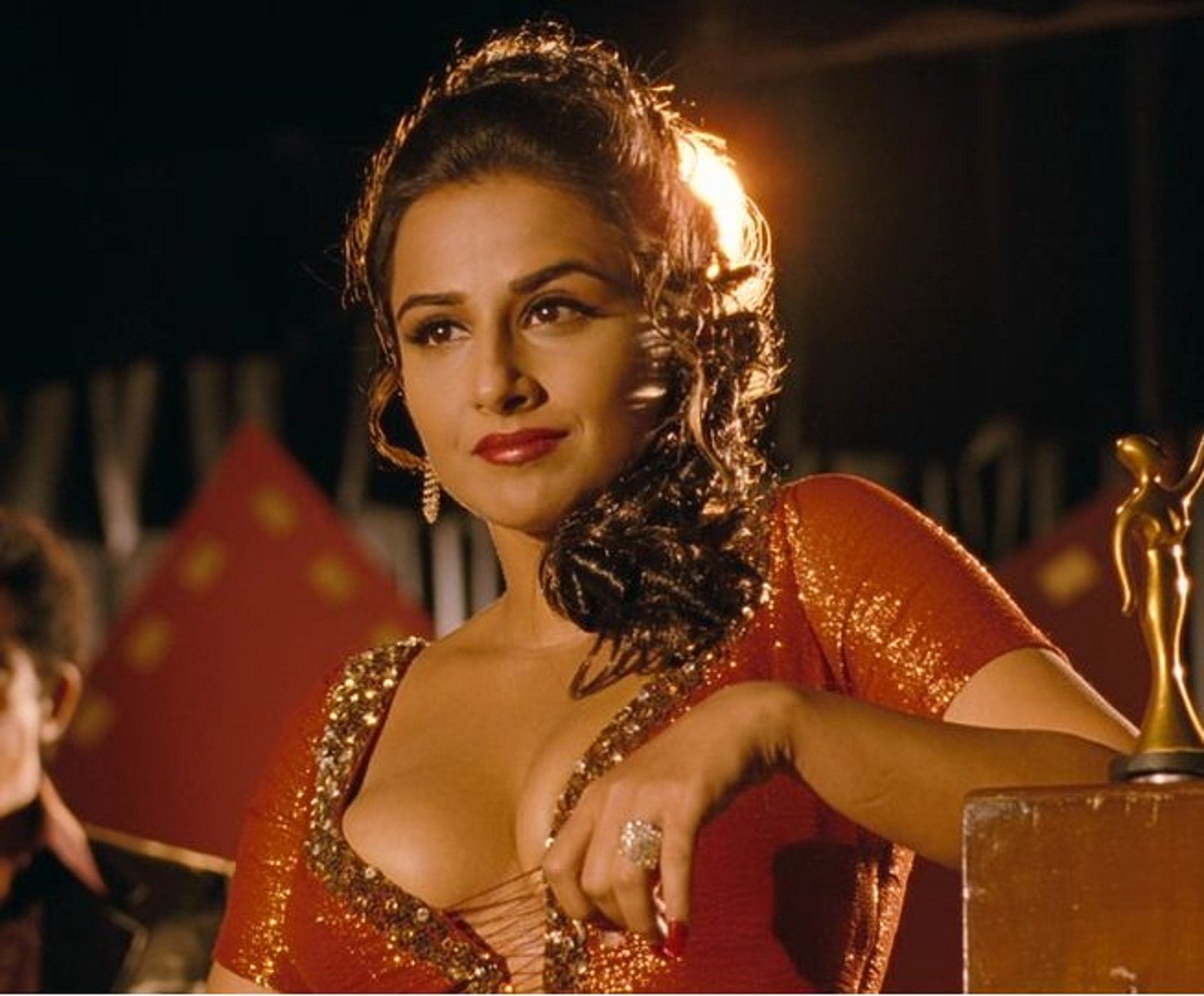 top 51 vidya balan full hd wallpaper and photo gallery - wallpaper