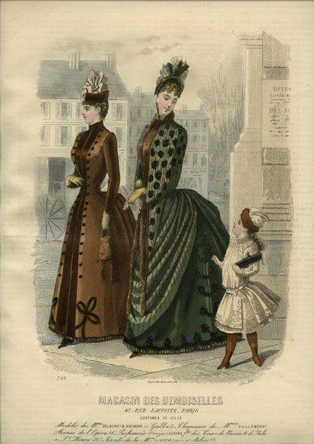 58033fdbfd Sukienki haftowane mogły występować stosunkowo często nawet u małych dzieci  - praktycznie każda kobieta w tamtym czasie potrafił bawić się igłą i  wyszywaną ...