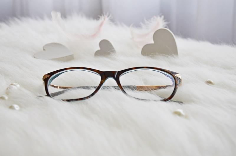 Dodałam sobie troszkę charakteru - nowe okulary!