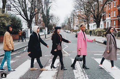 Liza Soberano and Enrique Gil LIZQUEN on Abbey Road on Christmas 2017 with Justin Soberano, Andie Gil and EJ Nacion