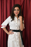 Actress Ragini Nandwani Pos in Stylish Dress at Hadiya Movie Promotion  0006.jpg