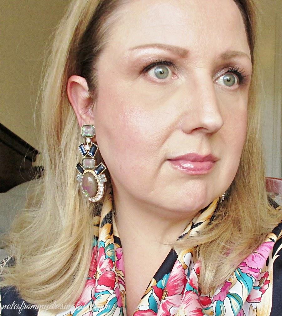 How to Wear Large, Heavy Pierced Earrings More Comfortably ...