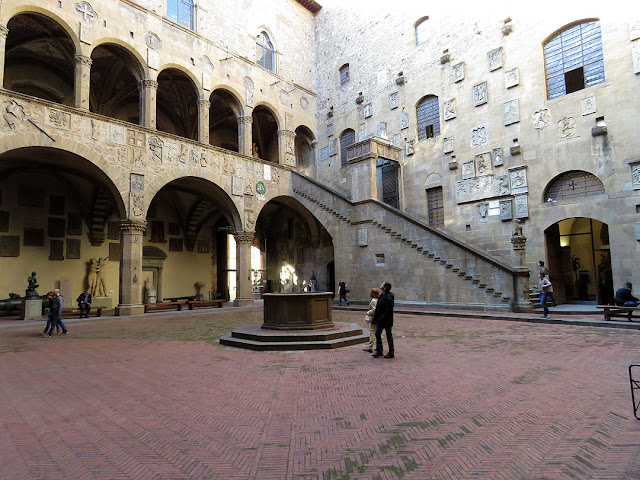 Stairs and inner courtyard, Museo Nazionale del Bargello, Bargello National Museum, Via del Proconsolo, Florence