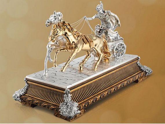 figurine luxury gifts