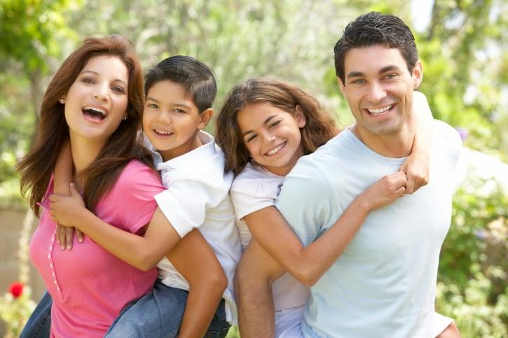 O familie fericită - imagine preluată de pe cdc.gov