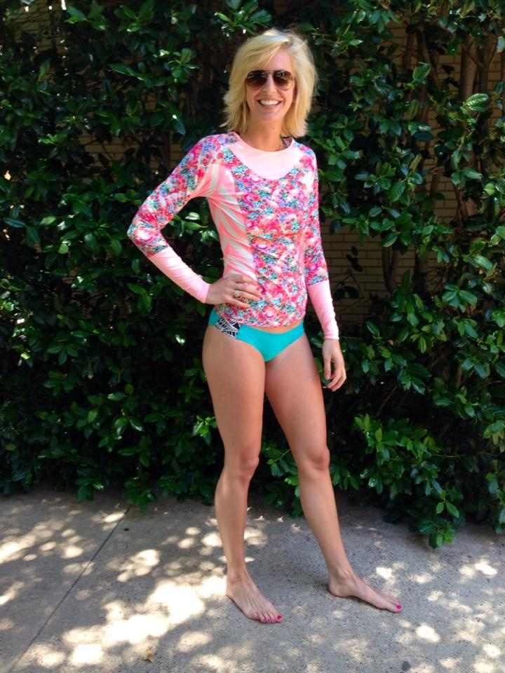 356409dbdee12 Lululemon Addict  Swim Line - Shanti Surf Rash Guard Photos