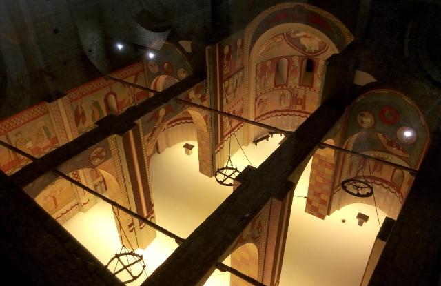 Recreació de l'interior pntat de l'església