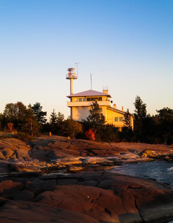 meri-pori majakka rantakalliot auringonlasku porissa