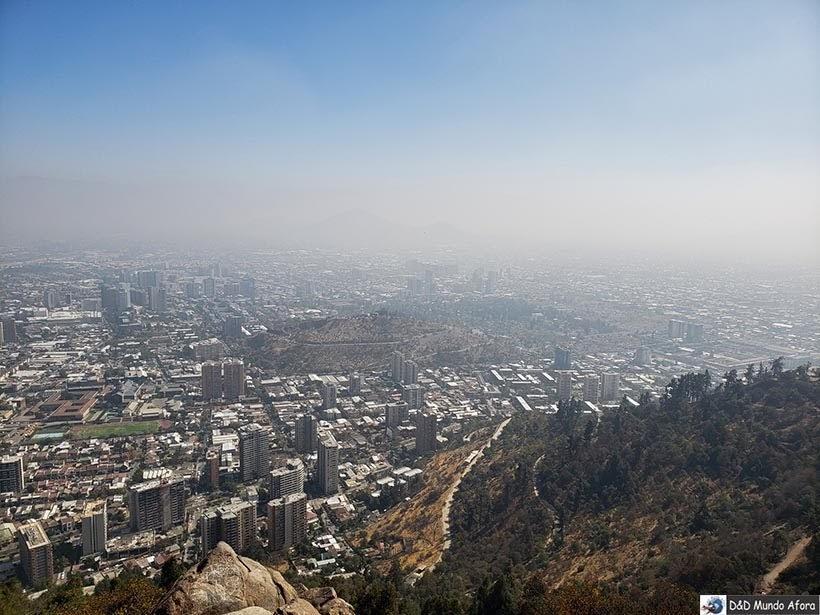 Santiago vista lá do alto do Cerro San Cristóbal - Diário de Bordo Chile: 8 dias em Santiago e arredores