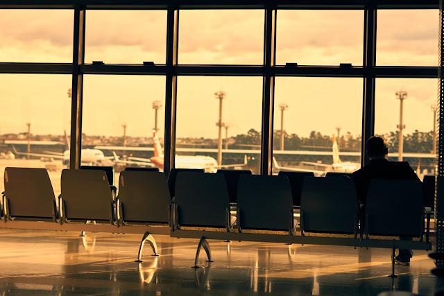 Você sabe quais são os seus direitos como passageiro de avião?