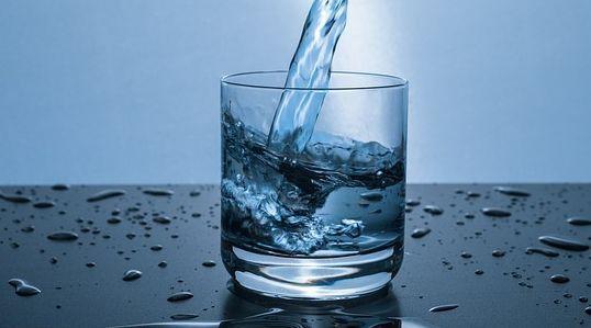 10 Manfaat Air ZamZam Untuk Kesehatan Tubuh Manusia