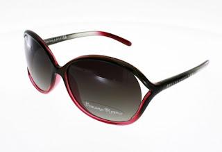 Quelles lunettes de soleil pour une femme à petit visage     Le Blog ... 6c16ec172168