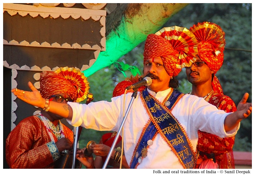 Folk and oral traditions of  India - Images by Sunil Deepak