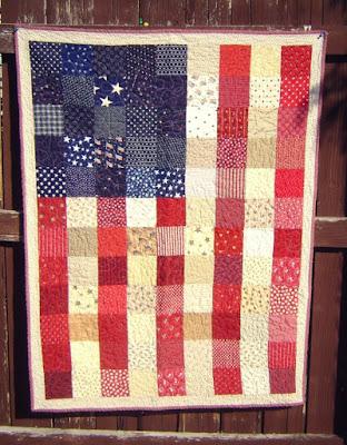 http://www.diaryofaquilter.com/2015/07/american-flag-quilt-tutorial.html
