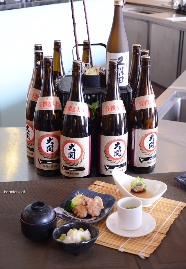 Enjoy your meal with some Japanese liquor