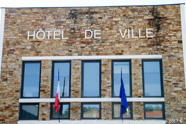 photo façade hotel de ville talmont st hilaire mairie