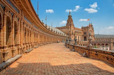 رحلة الي اسبانيا وافضل الاماكن السياحية