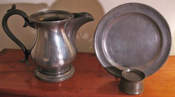 Many colonial women served their food in pewter vessels u0026 used pewter utensils . & 18C American Women: Many colonial women served their food in pewter ...