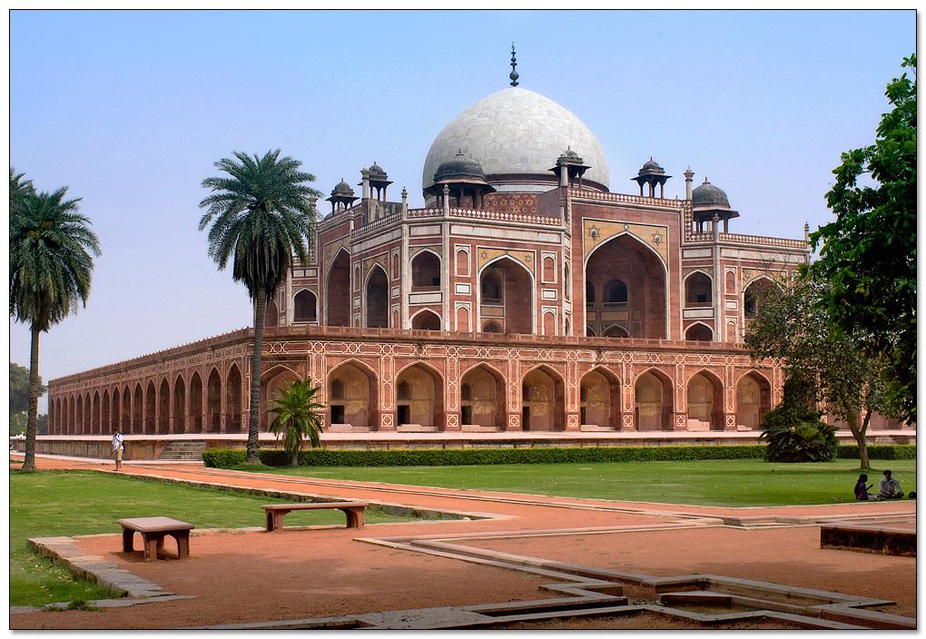 INTERESTING INFORMATION ABOUT CULTURES: DELHI TOURIST PLACES