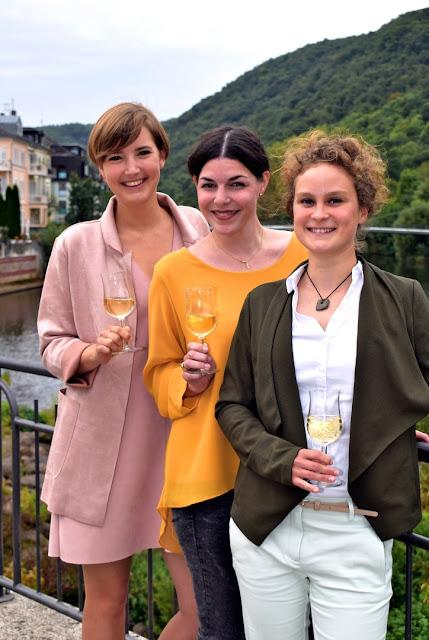 Weinmajestäten Pauline, Julia und Christin