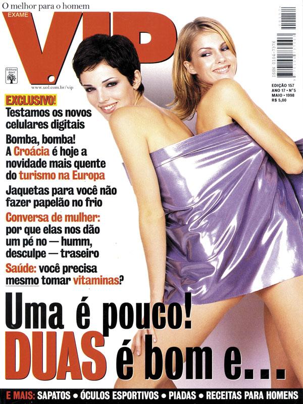 Com um detalhe bem peculiar  Ana estrelou duas das raríssimas capas  desdobráveis que a revista já publicou. 25c7ba5eac