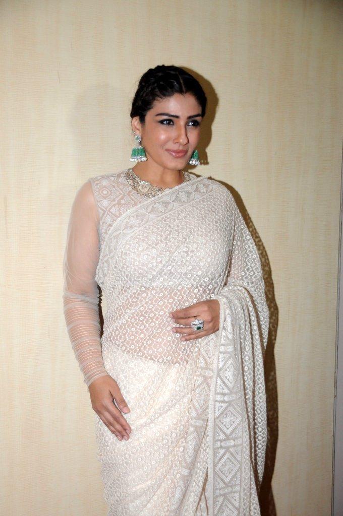 Mumbai Actress Raveena Tandon At Dadasaheb Phalke Awards In White Saree