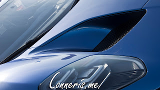 Ford GT Head light Hood Vent