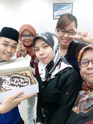 surprise party untuk si blogger bajet hot