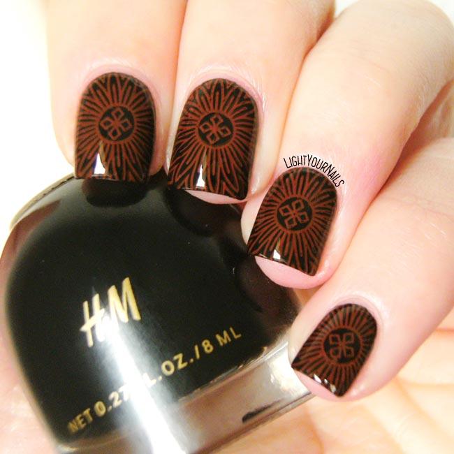 Mandala nail stamping