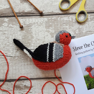 Chaffinch knitting pattern by Nicky Fijalkowska