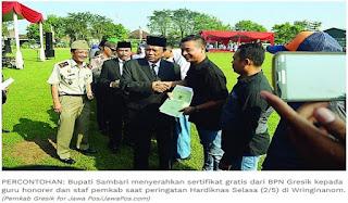 Kado Spesial Hardiknas, Guru Honorer Dapat Sertifikat Tanah Gratis