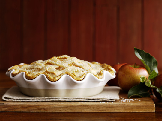 Culture Connoisseur: GIVEAWAY- Emile Henry Ruffled Pie Dish