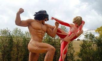 Epic battle of Eren vs Annie at Universal Studios Japan Osaka