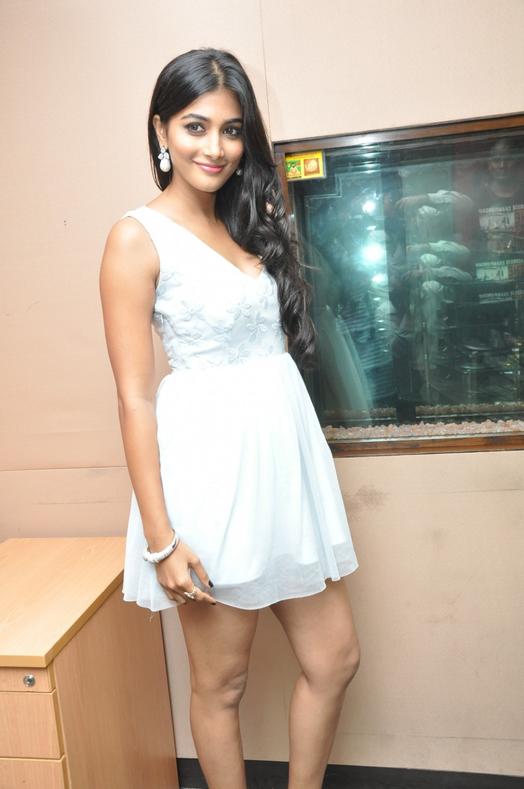 Beauty Of Legs : Actress Pooja Hegde Lures The Media With