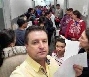 """Campo Mourão: Dr Miguel no Posto 24 horas: """"Situação desumana!"""""""