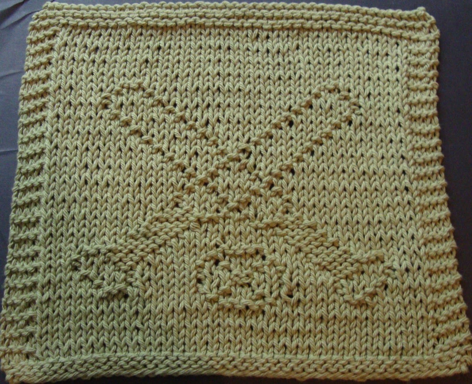 Digknitty Designs Crossed Baseball Bats Knit Dishcloth Pattern