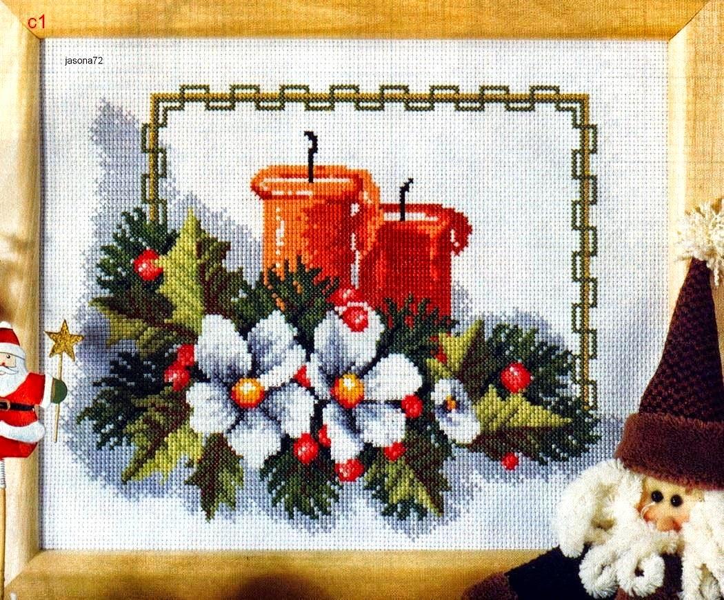 Centrotavola Natalizi A Punto Croce.Punto Croce Di Natale Quandro Con Candele E Fiori Schemi Gratuiti Per Punto Croce