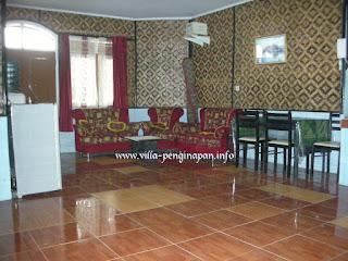 ruang keluarga villa munas 3 kamar di villa ciater