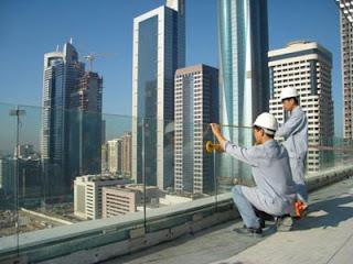 Tuyển thợ làm nhôm kính xuất khẩu sang Algeria