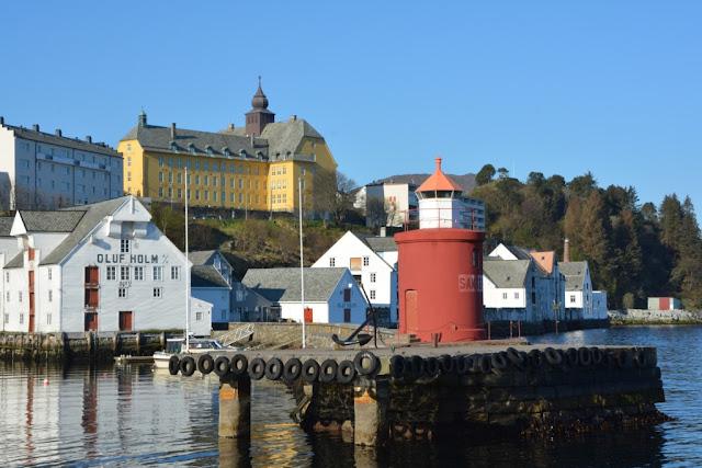 Ålesundet, Ålesund, Noorwegen, klippfisk, klipvis, bacalao, fjorden, jugendstil Ålesund, art-nouveau noorwegen,