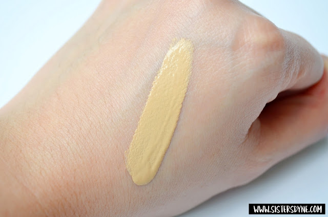 The Body Shop Clay Skin Clarifying Foundation Swatch