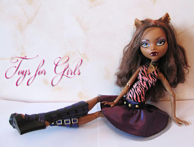 Giant Monster High Frightfully Tall Ghouls Clawdeen Wolf